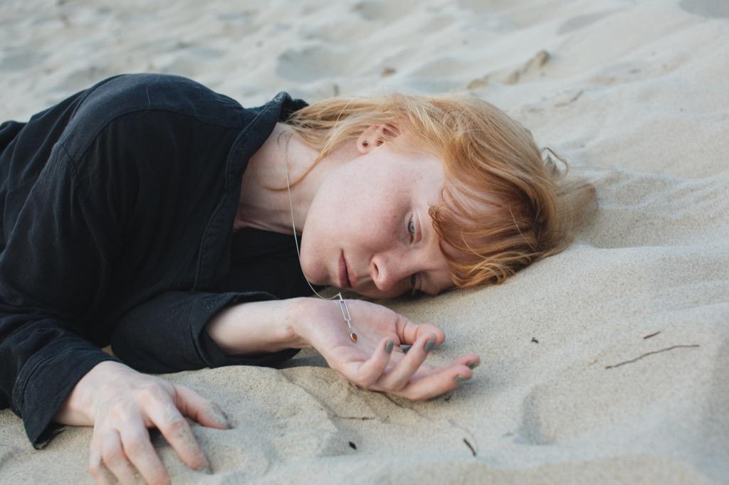 Съёмка Люси Жариковой для украшений с янтарём Ambery